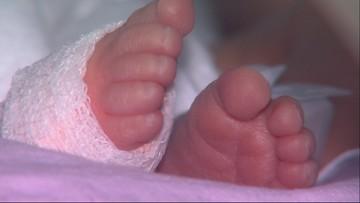 Prokuratura wraca ds. narodzin pijanego noworodka. Wcześniej uznano, że płód to nie człowiek