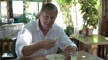 Lubi gotować, gra rocka i w futbol. Oto nowy ambasador Izraela z Polsce