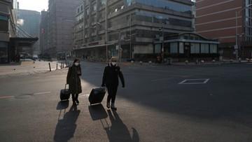 USA chce ewakuować obywateli i dyplomatów z Wuhan. Chińska agencja turystyczna zawiesza wycieczki