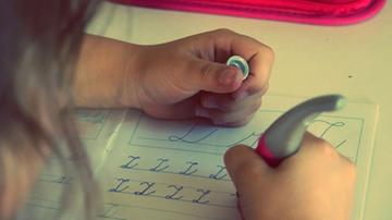 32 proc. dzieci brakuje sprzętu do nauki online, 7 proc. nie ma go wcale