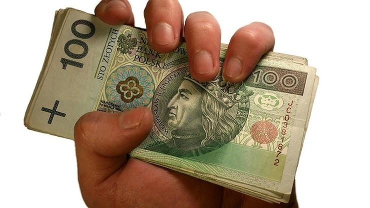 Firmy mają pieniądze, ale wirus może szybko uszczuplić konta