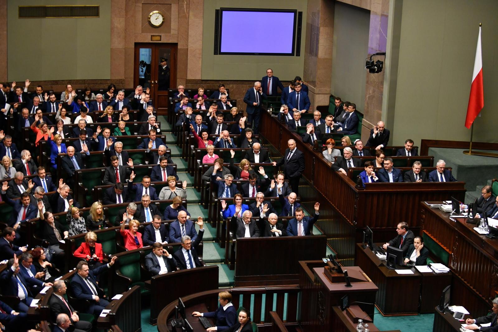 Prezydenckie ustawy przeszły przez Sejm