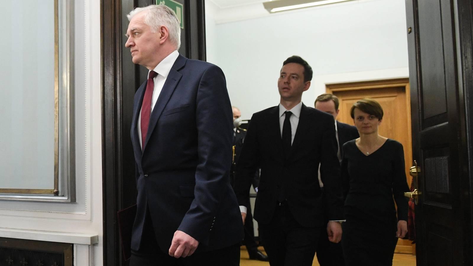 03.04.2020   Jarosław Gowin proponuje zmienić konstytucję. Opozycja jest przeciwna