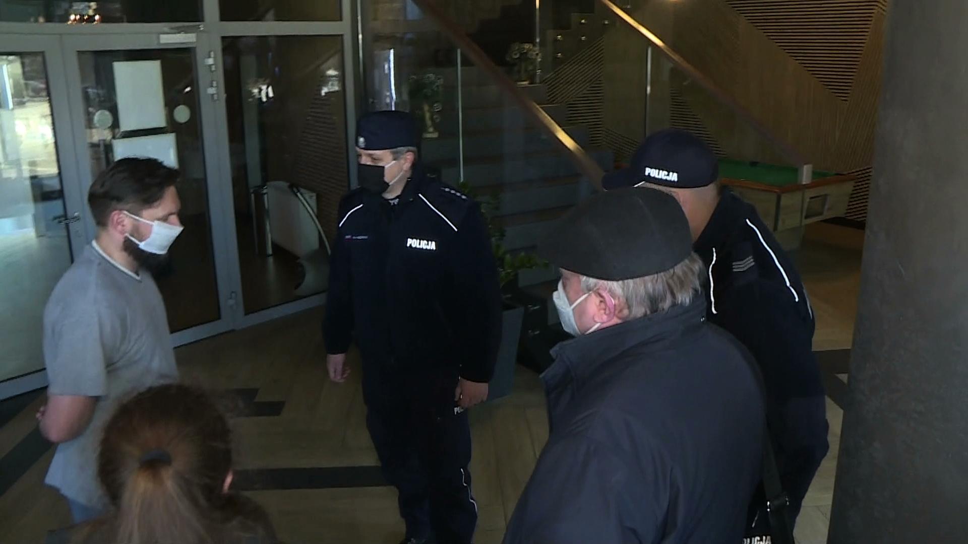 29.12.2020 | Policja ruszyła z kontrolami w hotelach i pensjonatach