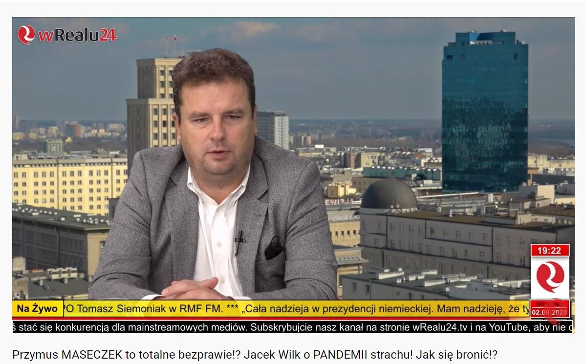 """Poseł Jacek Wilk chętnie mówił w mediach o """"pandemii strachu"""" i bezprawnym przymusie noszenia maseczek"""