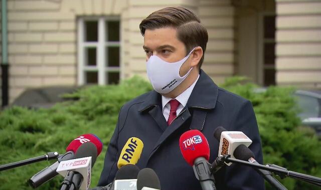 """14 października, rzecznik MZ: """"Bufor respiratorów i łóżek jest"""""""