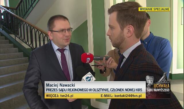 Prezes Maciej Nawacki w rozmowie z dziennikarzami