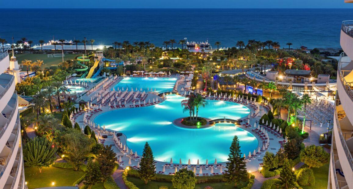 Miracle Resort Riwiera Turecka Turcja Opis Hotelu